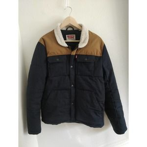 Levi's Woodsman Tan Navy Quilted Sherpa Jacket M